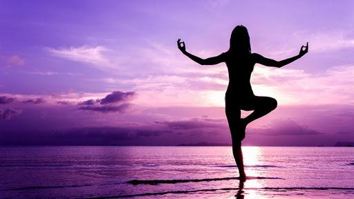 Yoga có tác dụng gì? Một số tư thế tập yoga đơn giản tại nhà
